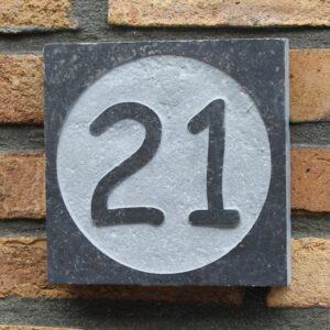 Belgisch hardsteen huisnummerborden